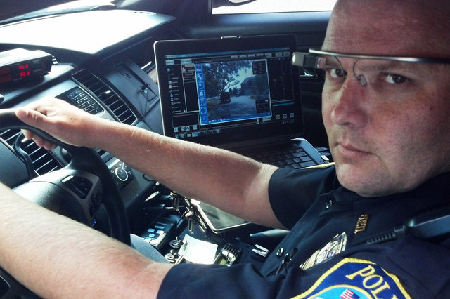 police technology Learn how new police technology, and new uses for older tech, are helping law enforcement become more responsive, responsible and efficient.